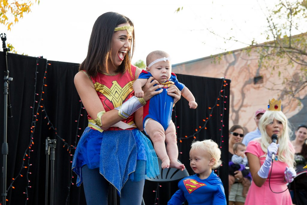 Superwoman costume mom and kids