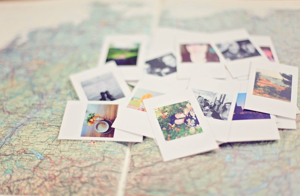 Scattered pictures