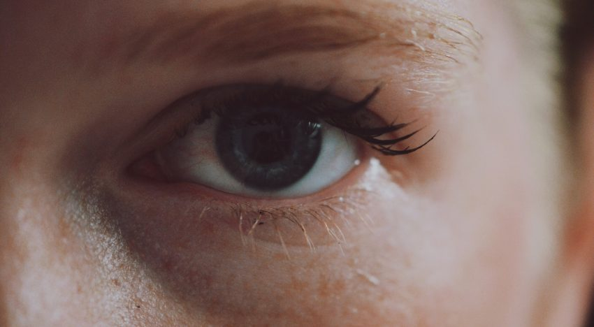 5 Eyelash Hacks Every Woman Should Know