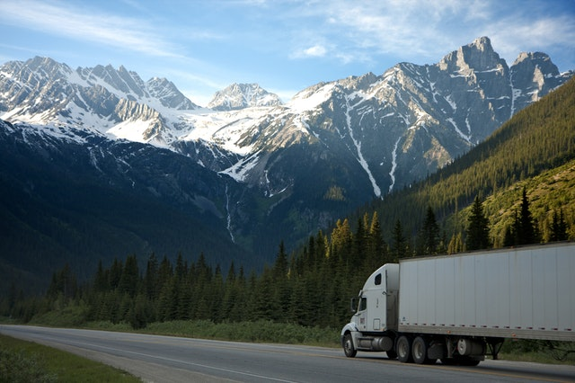 Benefits of Working for the Trucking Industry