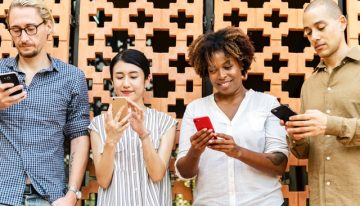 What's Behind the Incredible Rise in Popularity for Mobile Casino Gaming