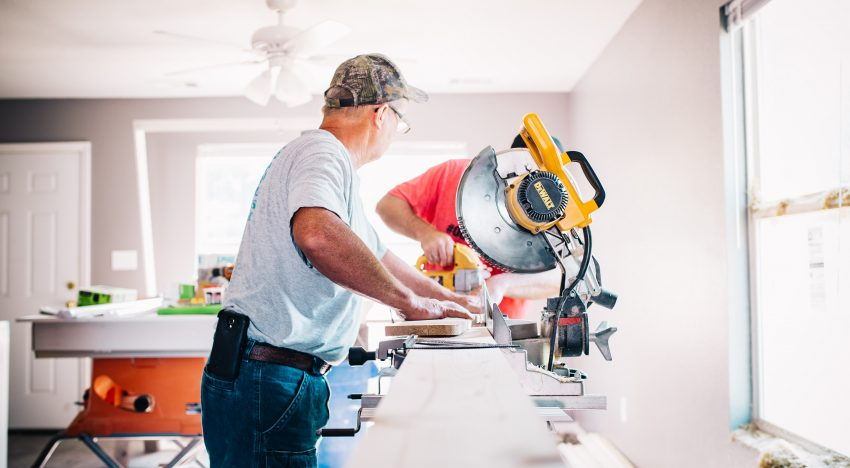 Dewalt Miter Saw Buying Guide: Here's what you need to know about this tool
