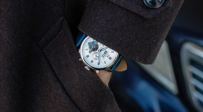 5 Ways to Wear a Classy Watch This Winter