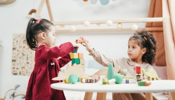 When to Start Kindergarten: The Pros and Cons of Early and Late Entry